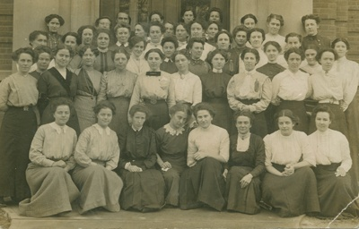 Students at National Methodist Training School in 1912.  UCC Archives 1990.115P280